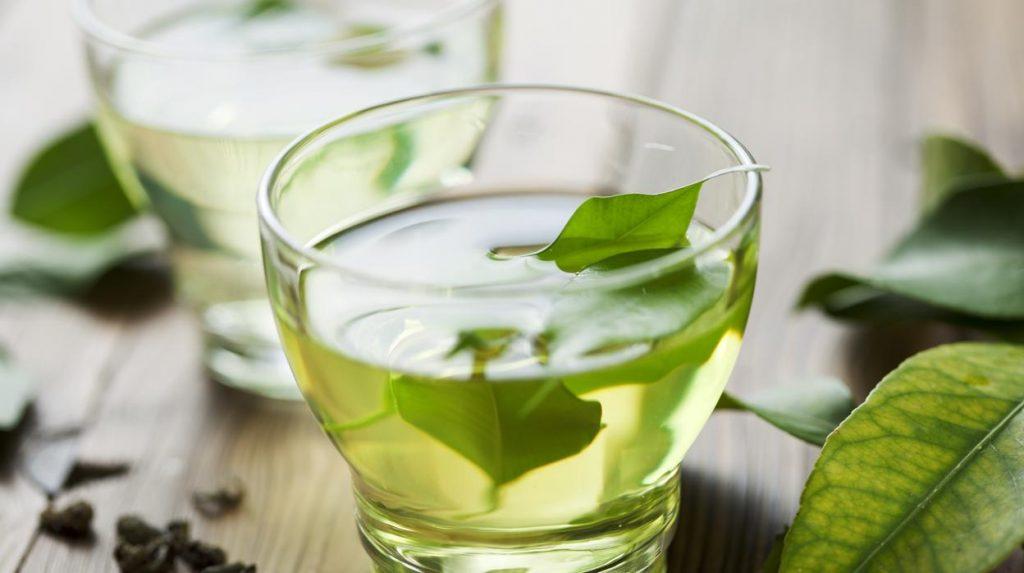 infusion de te verde para el pelo